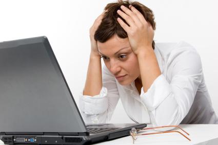 woman-staring-at-computer
